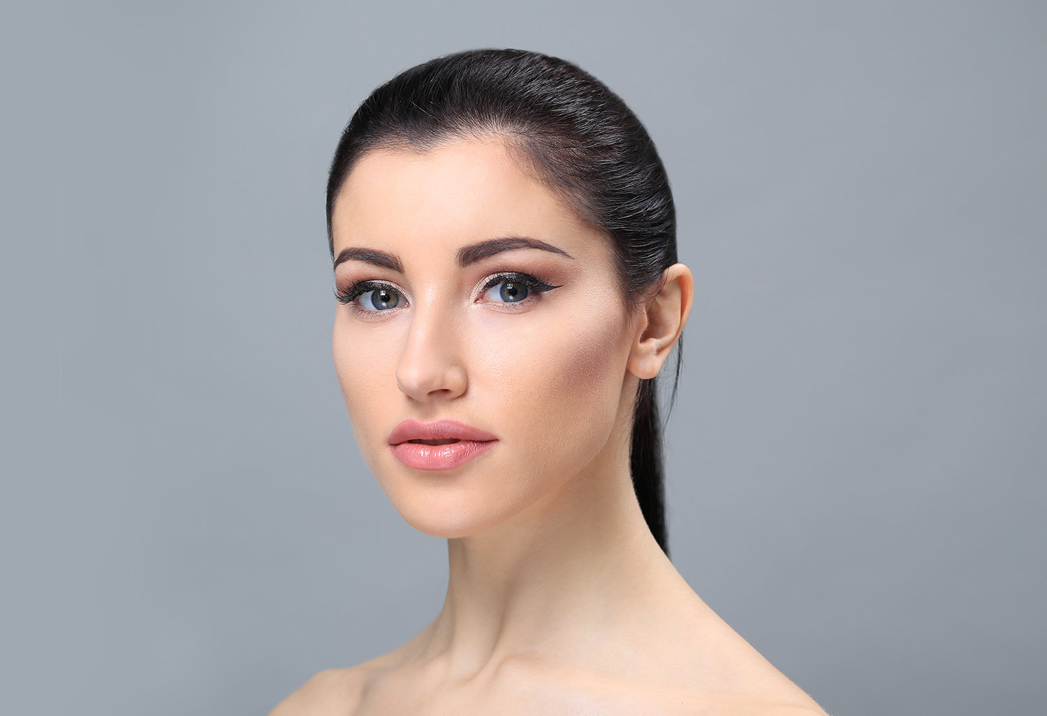 Facelift-Surgery-and-Dimple-Creation